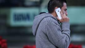 Inicia 'lluvia de amparos' contra padrón de telefonía móvil; juez da 5 suspensiones más
