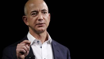 Nunca se había visto tanta fortuna: Jeff Bezos alcanza récord de riqueza de 211 mil mdd