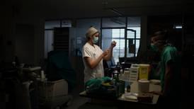 UNAM se deslinda de guía del CSG para atención de pacientes graves de COVID-19