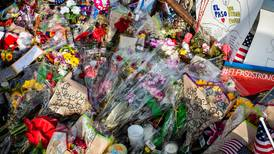 El Paso, Texas recuerda a las víctimas del tiroteo en supermercado