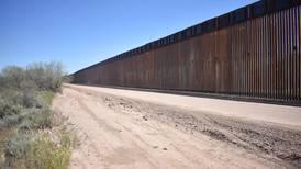 Las lluvias lo amenazan: Muro de Trump 'sufre' en Arizona