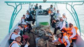 Ciudadanos retiran 150 kg de basura en Holbox para proteger a tortugas carey