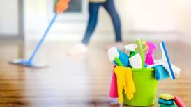 Si eres trabajadora del hogar, debes recibir aguinaldo... y así puedes calcularlo