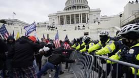 Asalto al Capitolio: Comité irá por desacato, mientras Trump intenta bloquear la investigación