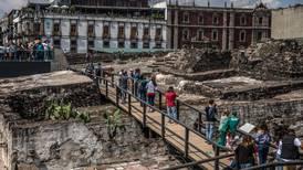 Hallazgo de 'un tesoro' de sacrificios aztecas apunta a tumba de emperador