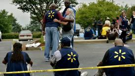 Walmart analiza fortalecer medidas tras tiroteos en EU