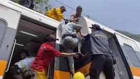 Choque entre tren y camión en Taiwán deja al menos 51 muertos