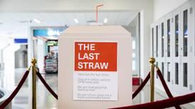 ¡El aeropuerto DFW dice adiós al plástico!