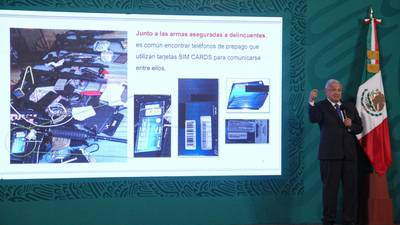 AMLO 'también tiene' para el INAI; critica acción de inconstitucionalidad contra padrón telefónico