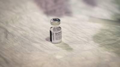 ¿Será necesaria la aplicación de una tercera dosis de vacuna COVID? Esto dice Pfizer