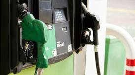 El 'calvario' de los gasolineros: regulador tiene 'atoradas' más de mil solicitudes