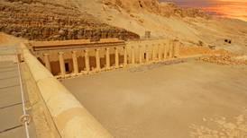 Encuentran 'ciudad perdida' de 3,000 años de antigüedad en arenas de Egipto
