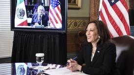 Analizan posponer visita de Kamala Harris al Senado