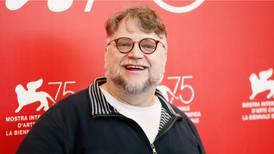 Del Toro lo hace de nuevo: celebra su cumpleaños con propuesta para ayudar a mexicanos destacados