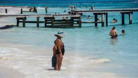 Turismo extranjero en México aún no llega a nivel prepandemia, pero viajeros dejan más 'dinerito'