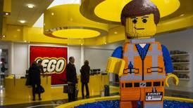Locales de marcas como Lego, La Europea y Adidas aplazan pago de rentas y negocian descuentos