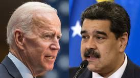 Biden, abierto a negociar con Maduro para remediar crisis en Venezuela