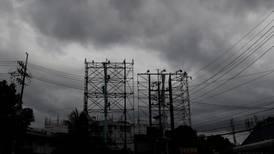 Tifón azota Filipinas mientras intenta contener la pandemia de COVID-19