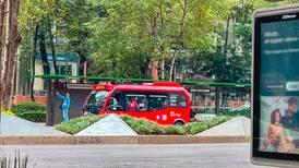 Mini Metrobús recorre Paseo de la Reforma en fase de pruebas