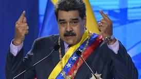 Gobierno de Maduro asegura que combate a grupos que se 'visten de guerrilleros'
