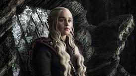 Emilia Clarke señala ventajas que los actores tuvieron en 'Game of Thrones' y las actrices no