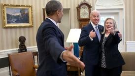 Hillary Clinton anuncia apoyo a Joe Biden en la carrera presidencial