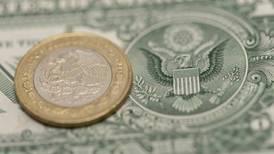 El peso liga su tercer día de ganancias frente al dólar