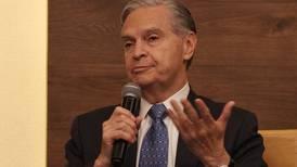 Luis Ernesto Derbez pide licencia al cargo de rector de la UAP  para ir a tribunales