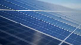 ¿Reforma eléctrica acabará con paneles solares? Esto dice Nahle