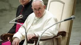 Papa Francisco aboga por un salario universal y la reducción de la jornada laboral