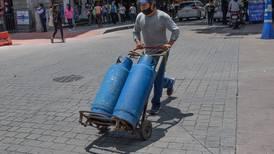 Control de precios de AMLO se 'evapora'... suben costos de gas LP