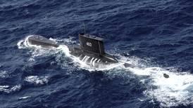 Indonesia 'pone fin a esperanzas' y declara como perdido submarino con 53 tripulantes