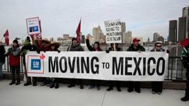 Sindicato canadiense pide boicot contra autos de GM armados en México