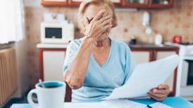 ¿Cómo puedo cobrar la pensión de un familiar fallecido?