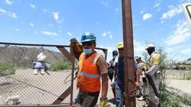 Rescatan cuerpo de quinto minero en Múzquiz, Coahuila