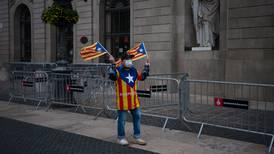 Independentistas catalanes aumentan fuerza tras elecciones regionales