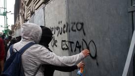 Marcha del 2 de octubre: Blindan con vallas metálicas Centro Histórico de la CDMX
