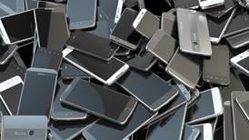 IFT indaga probable práctica monopólica en venta de servicios de telefonía móvil