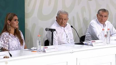"""Slim retiró el slogan """"Todo México es territorio Telcel"""" porque le dije que no era cierto: AMLO"""