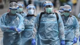 ¿Quién vive y quién muere? El dilema que enfrentan los médicos de Malasia por COVID