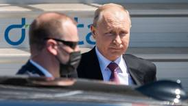 Putin y Biden acuerdan iniciar consultas sobre ciberataques contra empresas de EU
