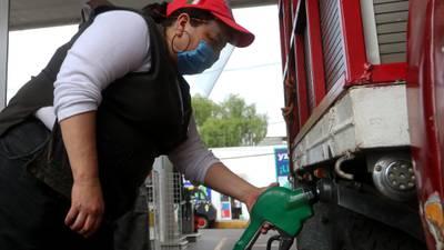 Analistas prevén que gasolina Magna suba a 20.50 por litro para abril
