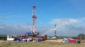 Newpek planea monetizar sus activos petroleros en EU
