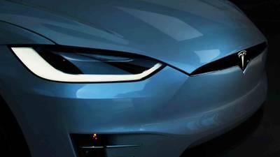 Tesla supera los 500 mil millones de dólares en valor de mercado por primera vez