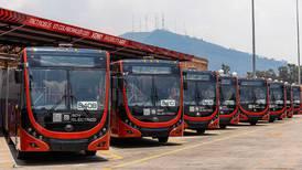 Ponen en marcha primera flota de autobuses 100% eléctricos