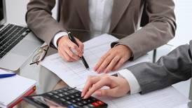 Reforma fiscal se queda 'corta' ante presiones de gasto y deuda: expertos