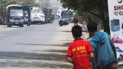 Myanmar 'frena' información difundida en medios masivos, mientras las protestas recrudecen