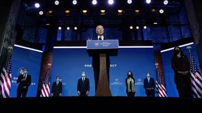 Biden da la bienvenida al equipo de seguridad nacional y dice que 'Estados Unidos ha vuelto'