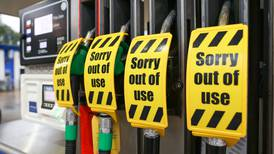 ¿Huachicoleo británico? Reino Unido se queda sin gasolina... y se le viene una crisis