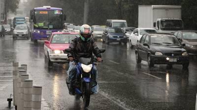 ¡Que no te agarren de sorpresa! Prevén precipitaciones en las 32 entidades de México este domingo